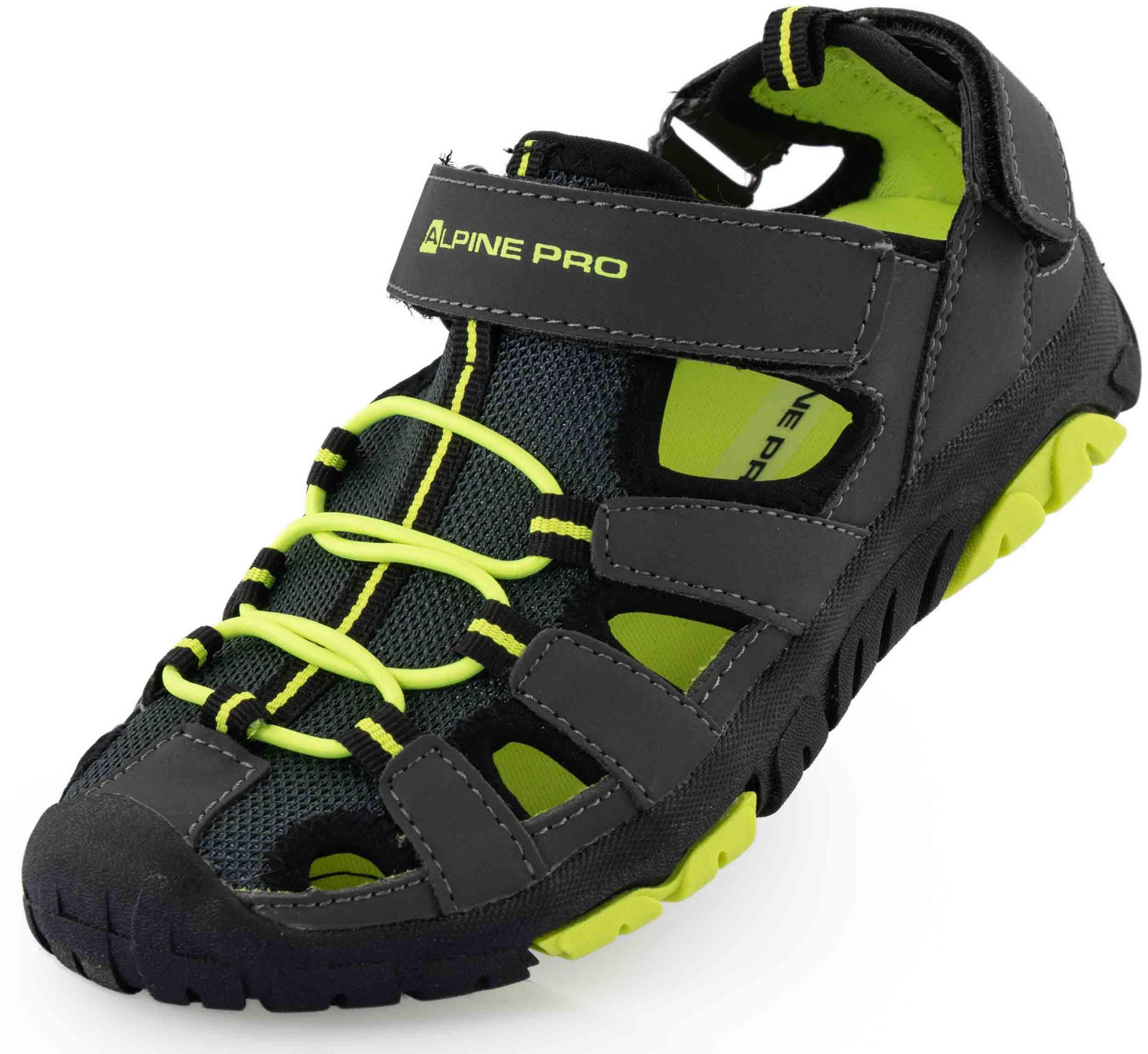 0035a5f36a35 Obuv   Dětská letní obuv Alpine Pro Kamo