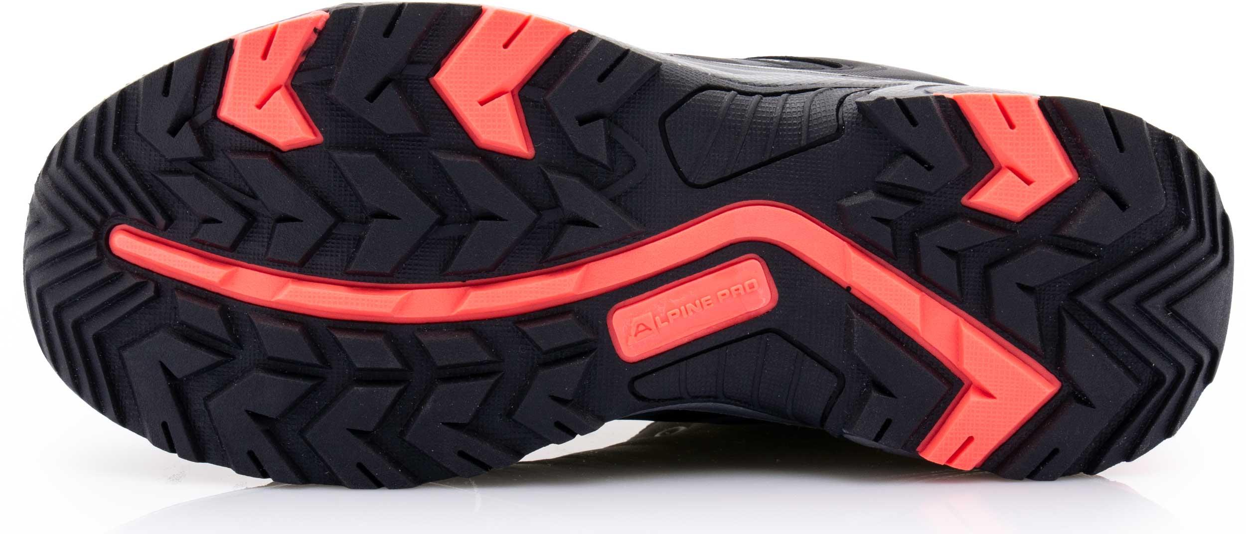 dca2c6c6c60 Obuv   Dámská treková obuv Alpine Pro Chera